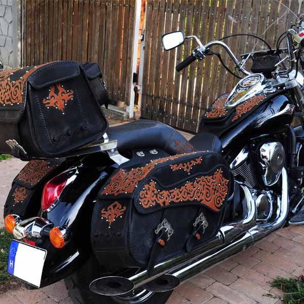 Egyedi, kézzel készült bőr motoros táska kollekció erélyi szűcsmunkák ihlette rátét díszítéssel